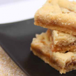Blog Hop - Ooey Gooey Salted Caramel Shortbread Bars