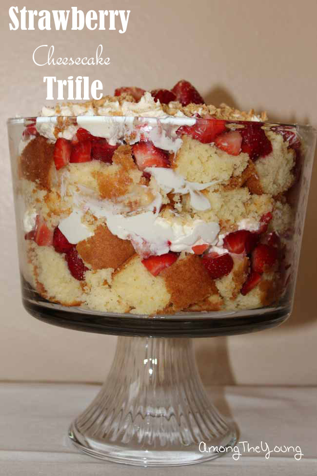 Strawberry Cheesecake Trifle1_edited-1