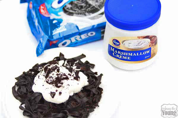 Oreo Pasta Recipe featured by top US food blog, Among the Young