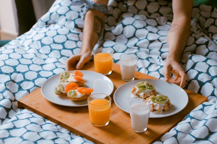 10 things to do in the hospital after baby featured by top Utah Lifestyle blog, Among the Young: image of tray of food
